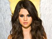 Selena Gomez - Cuteness - Mixed Quality Wallpapers Th_24089_tduid1721_Forum.anhmjn.com_20101130202548024_122_468lo
