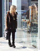 Rachel Zoe at Toast Restaurant and shopping in LA 28-11-2010