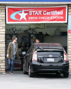 http://img188.imagevenue.com/loc574/th_926816154_Mandy_Moore_Stops_at_a_gas_station8_122_574lo.jpg