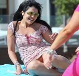 Maria Conchita Alonso enjoying the sun x 4 ***interesting***