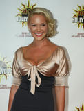http://img188.imagevenue.com/loc144/th_55842_Katherine_Heigl_2008-08-16_-_The_3rd_Annual_Hot_In_Hollywood_355_122_144lo.jpg